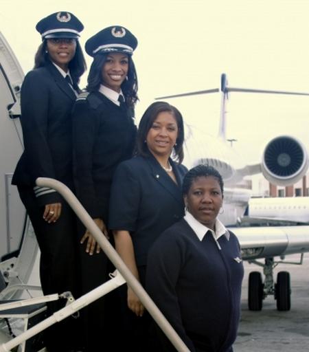 black-female-crew-delta